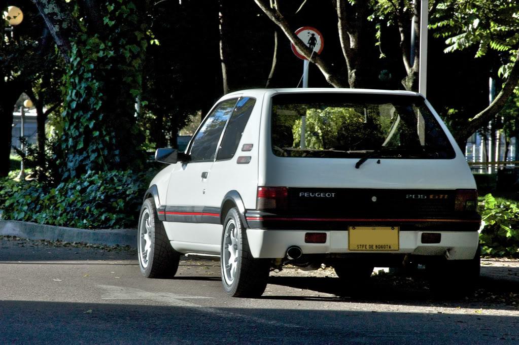[Mercurio] 205 GTI 1.6 1992, Blanc Meije a Bogotá, Colombie - Page 3 205GTIEnero201230