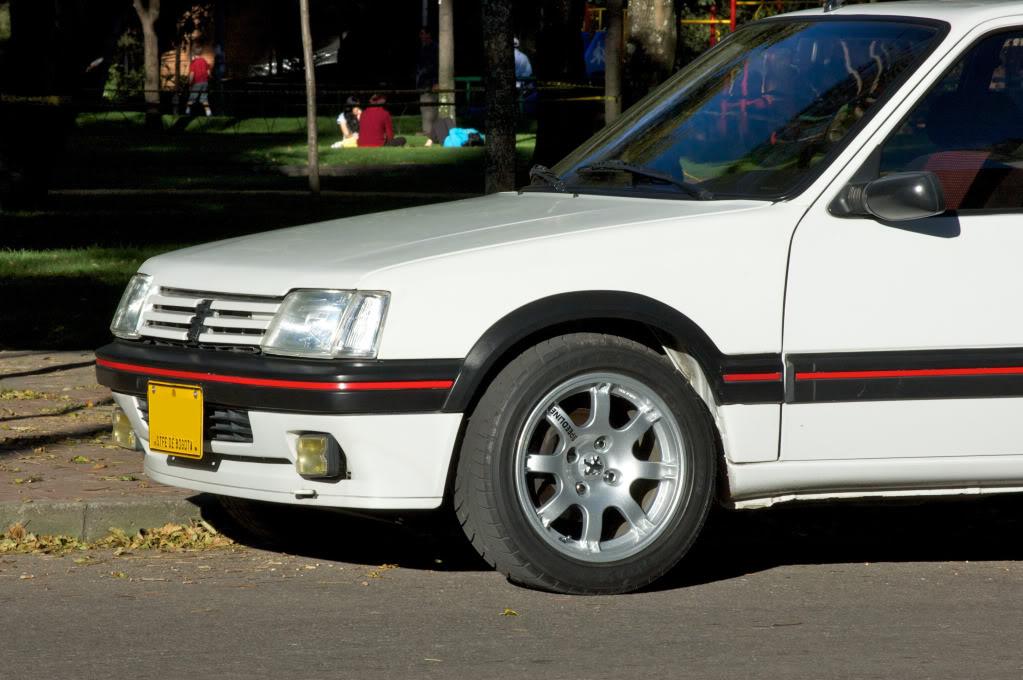 [Mercurio] 205 GTI 1.6 1992, Blanc Meije a Bogotá, Colombie - Page 3 205GTIEnero201232