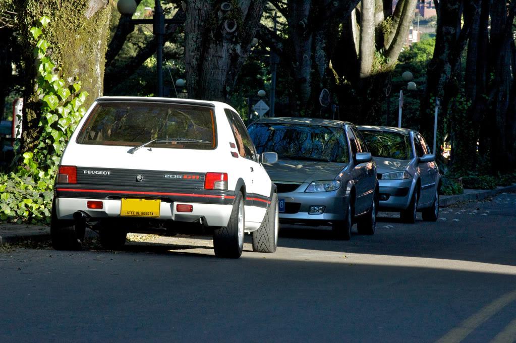 [Mercurio] 205 GTI 1.6 1992, Blanc Meije a Bogotá, Colombie - Page 3 205GTIEnero201241