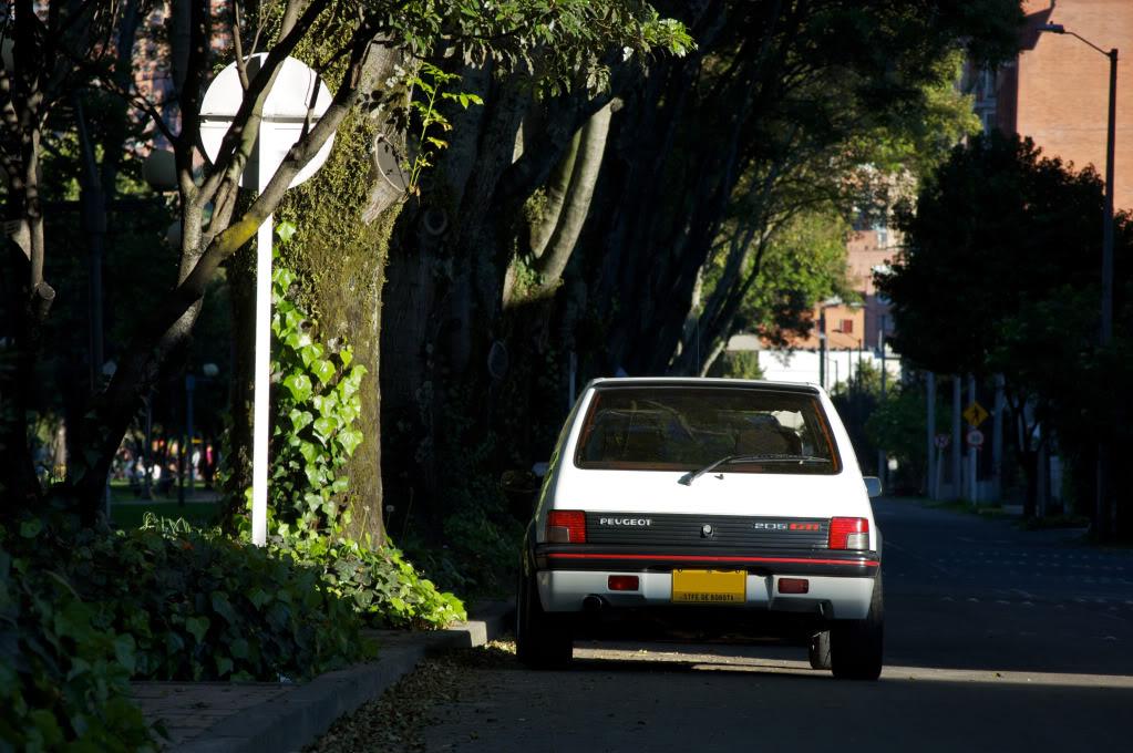 [Mercurio] 205 GTI 1.6 1992, Blanc Meije a Bogotá, Colombie - Page 3 205GTIEnero201242