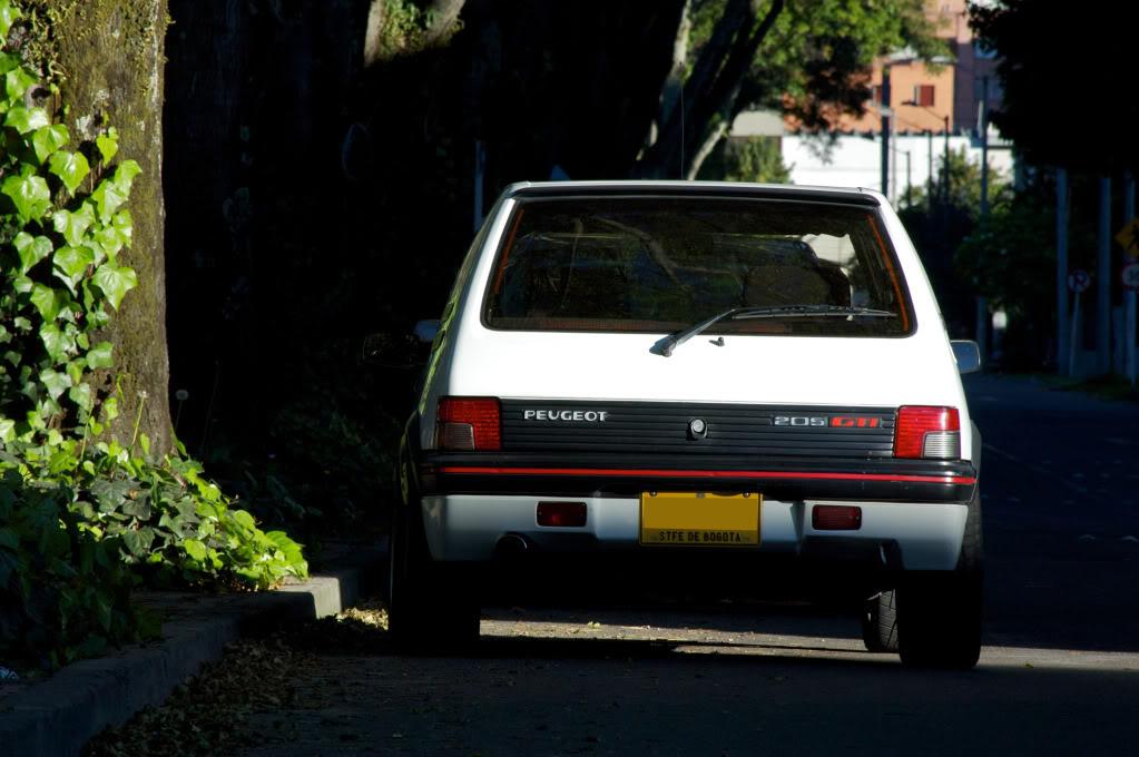 [Mercurio] 205 GTI 1.6 1992, Blanc Meije a Bogotá, Colombie - Page 3 205GTIEnero201244