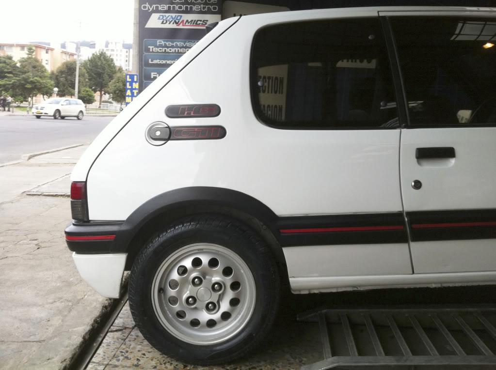 [Mercurio] 205 GTI 1.6 1992, Blanc Meije a Bogotá, Colombie 205GTIFeb01201113