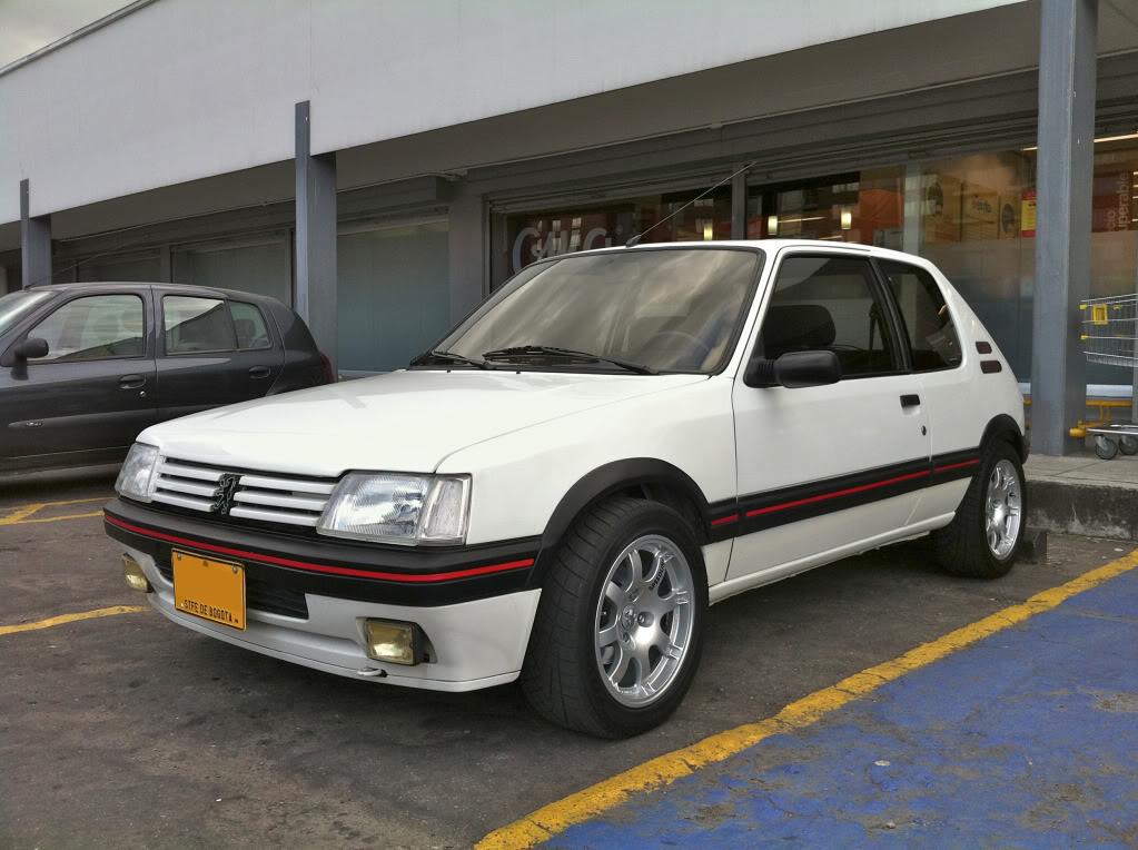 [Mercurio] 205 GTI 1.6 1992, Blanc Meije a Bogotá, Colombie - Page 3 205GTINiza5