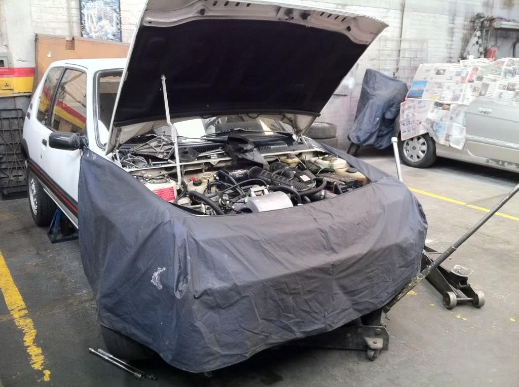 [Mercurio] 205 GTI 1.6 1992, Blanc Meije a Bogotá, Colombie 85d29278