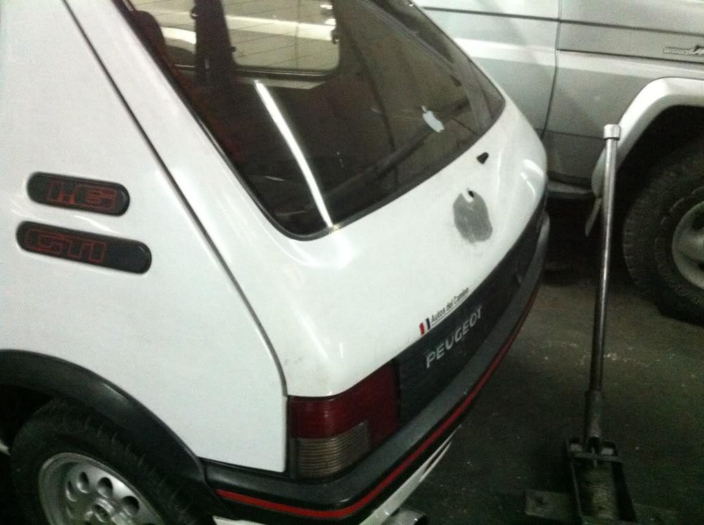 [Mercurio] 205 GTI 1.6 1992, Blanc Meije a Bogotá, Colombie E3d61b0d