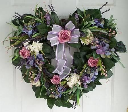 Happy Valentine's Day ladies - Page 2 Wreathb