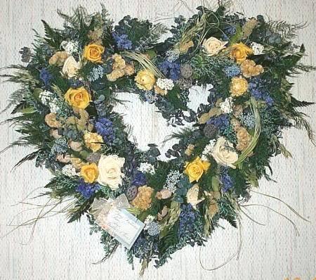 Happy Valentine's Day ladies - Page 2 Wreathc