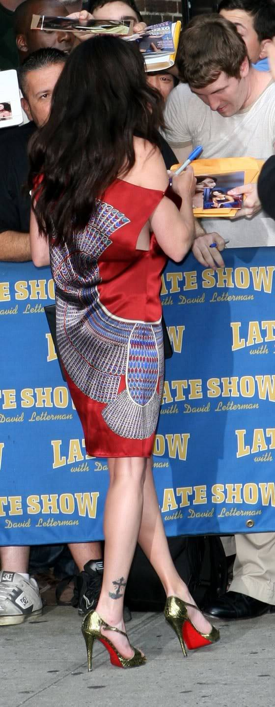 Her pictures Shannen-doherty-letterman-03