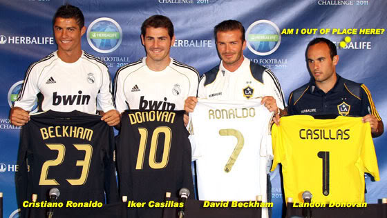 The 2011 Summer Tour of Real Madrid - Page 3 Ronaldo-beckham-07121101