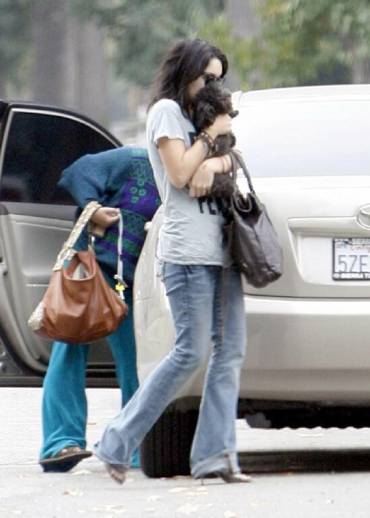 Vanessa i njen pas Shadow Vanessahudgenscombr_6
