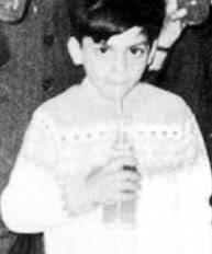 Шах като малък Little_shahrukh_khan_3