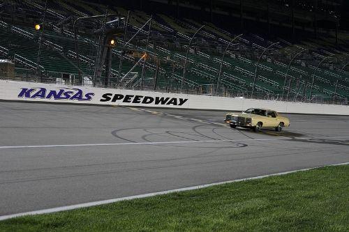 Kansas Speedway Experience 14467792500_0722c869a1_c_zps9e8c5fc4