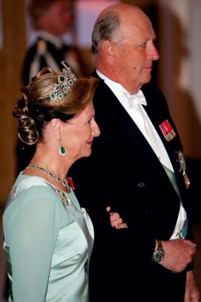 Casa Real de Noruega - Página 2 86760_galla060285jpg395338g4dr_122_