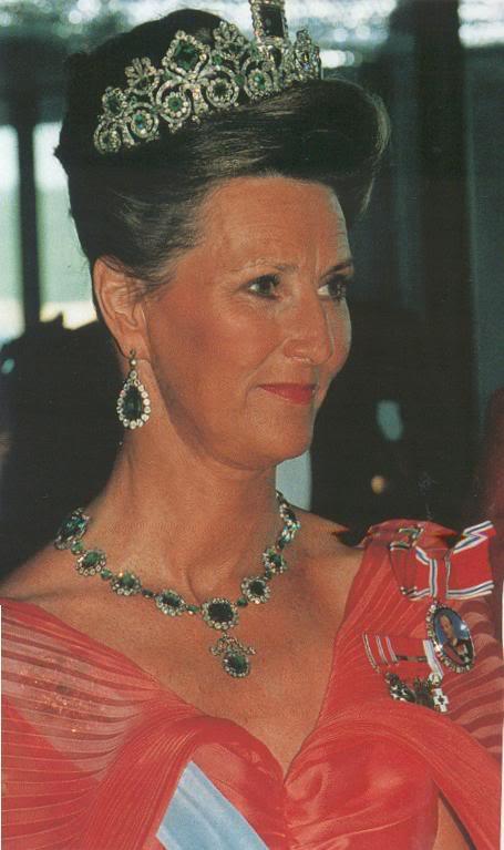 Casa Real de Noruega V96Sonjaorangeemeralds