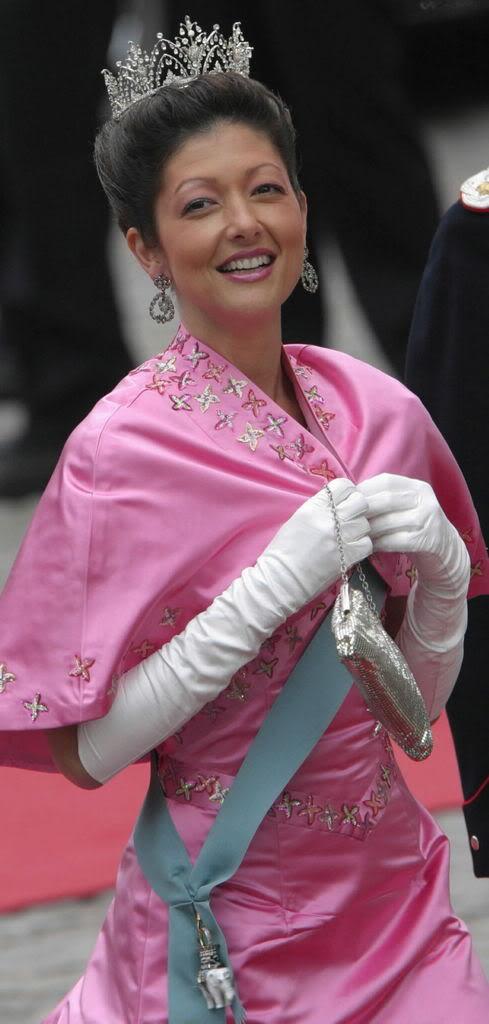 Alexandra Manley Condesa de Frederiksborg - Página 2 A90oz