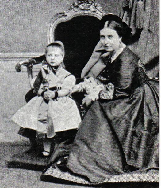 Vidas de reinas y princesas del pasado Charlyvicky