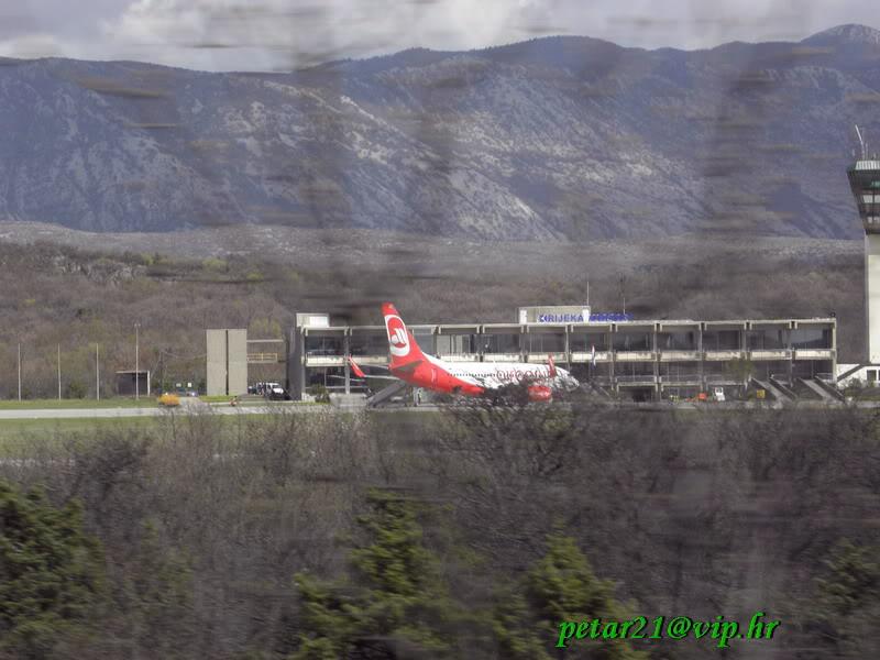 Zračna luka Rijeka P4013402