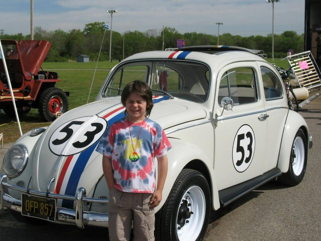 My new 66 (Herbie) - Page 2 Bug-A-Paluza2009223