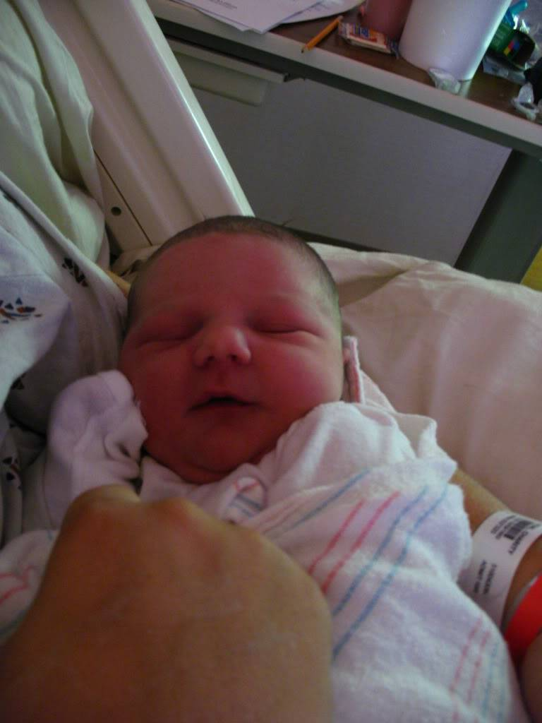 Our newest member is finally here Hannahsbirth085
