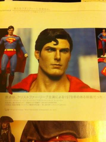 [HOT TOYS] Superman Christopher Reeve - BACKSTAGE - Página 20 Photobyv