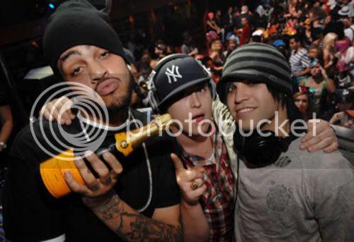 Falloutboys photos Belvedere_Vodka_Halloween_with_Pete