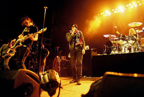 Gallery - Page 4 My_Chemical_Romance_in_Birmingha-1