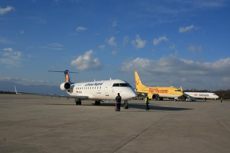 Zračna luka Rijeka - Page 4 Aerodrom