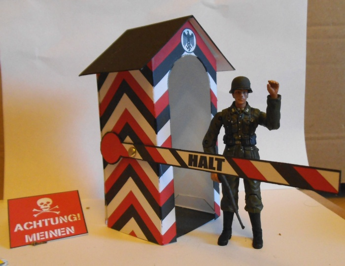 Action Man Sentry Box 1:18 scale Colditz01a