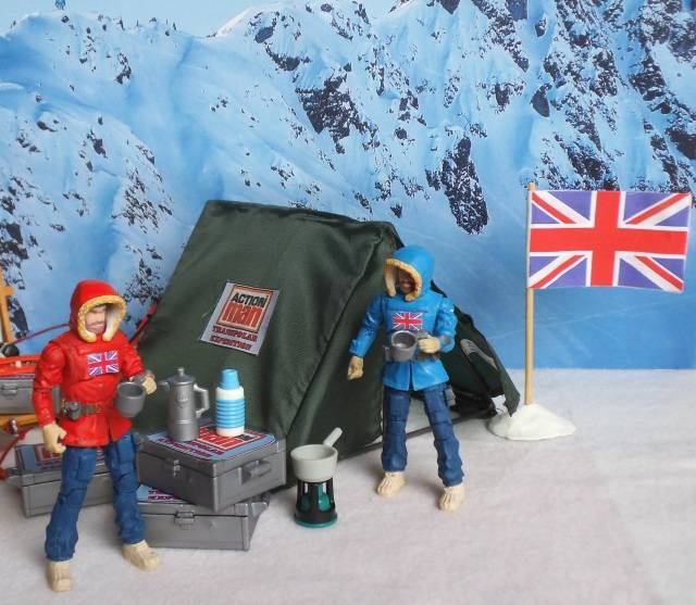 1:18 Action Man Trans-Polar Expedition (pic heavy) BaseCamp01_zpsb3609041