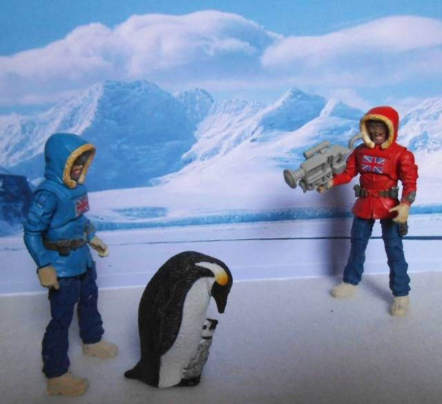 1:18 Action Man Trans-Polar Expedition (pic heavy) Penguin01_zps767ee037