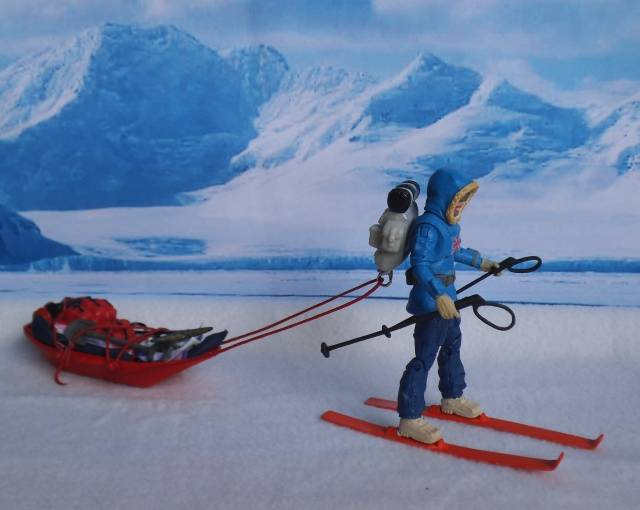 1:18 Action Man Trans-Polar Expedition (pic heavy) SkiSled00_zps90ae173c