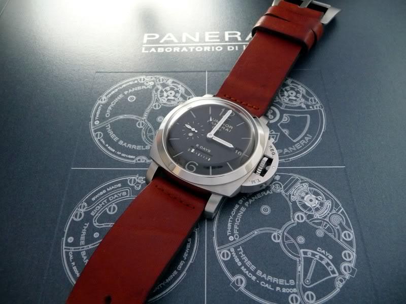 Quel bracelet pour une Luminor Panerai ??? P1010323