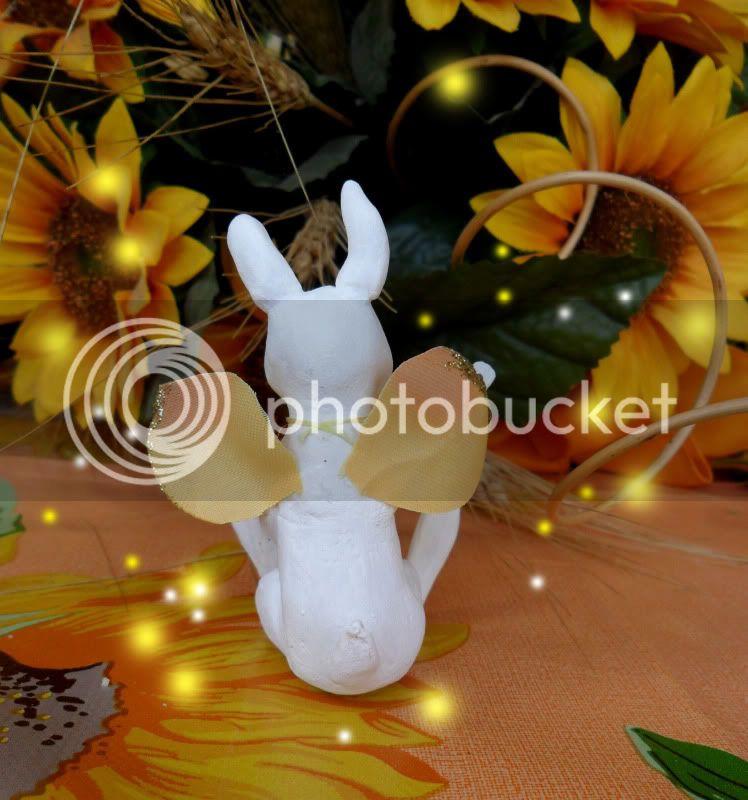 un saluto da un coniglietto fatato!! (uno nuovo<3 ) SAM_0348