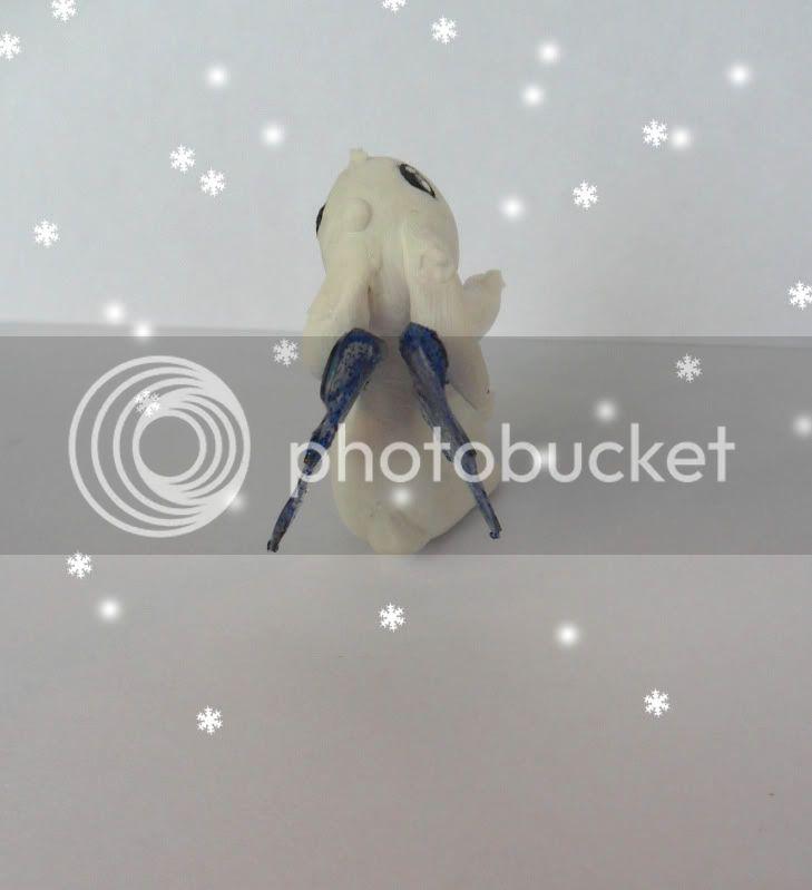 il coniglietto della neve che danza SAM_0508