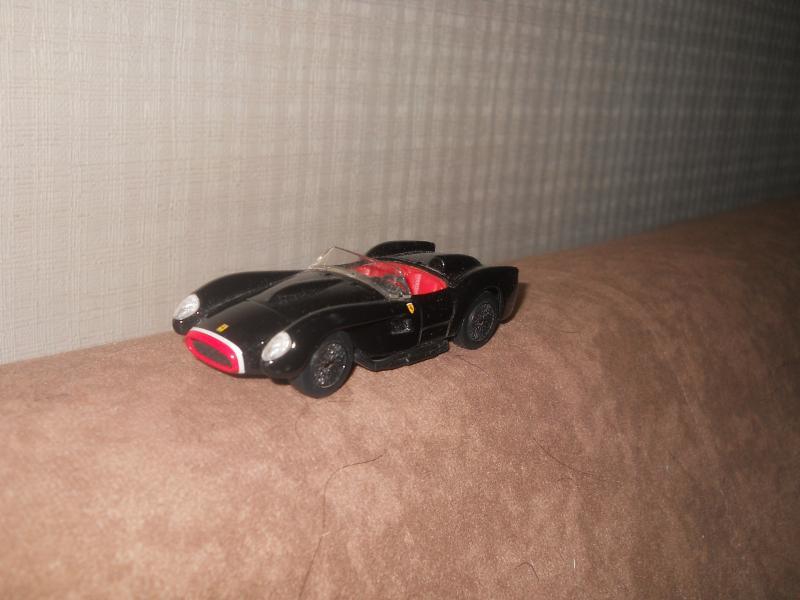 Vendo varios autos DSCN7311_zps2c878164