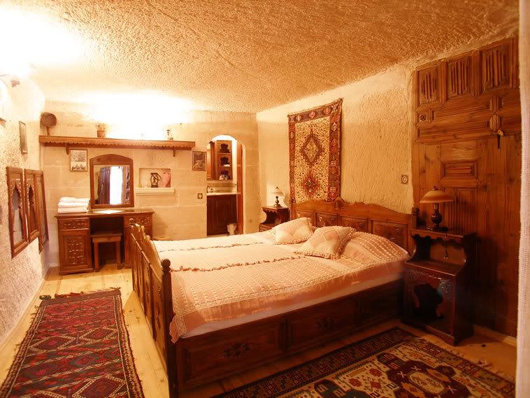 فنادق مبنية داخل الكهوف في تركيا 5555
