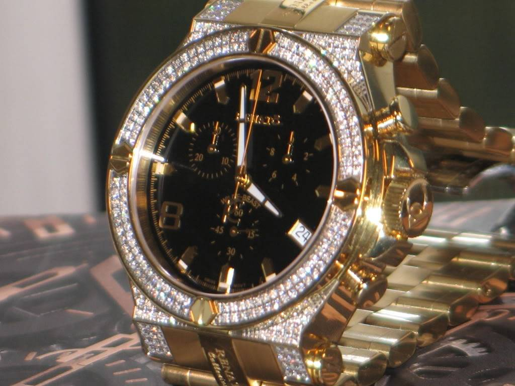 Watch-U-Wearing 4/24/11 Happy Easter J174429-RenatoWilde-Beast245ctDiamondAlligatorStrapWatch8