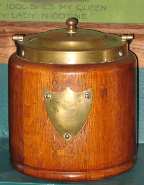 Vintage Tobacciana....<<<Please Post Your Pics>>> - Page 2 Fleamarketfindsfrom2day001