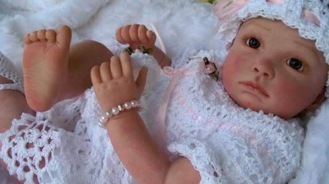 Beautiful Doll Entries!!!! Rebecca1-1