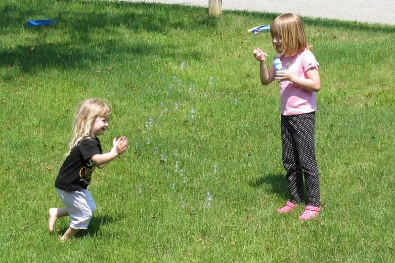 Girls enjoying Summer Fairy018-1