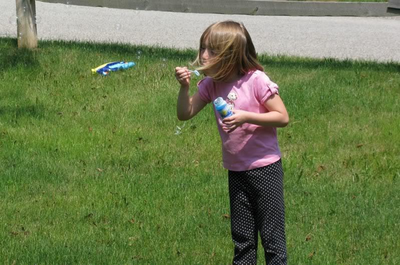 Girls enjoying Summer Fairy019-1