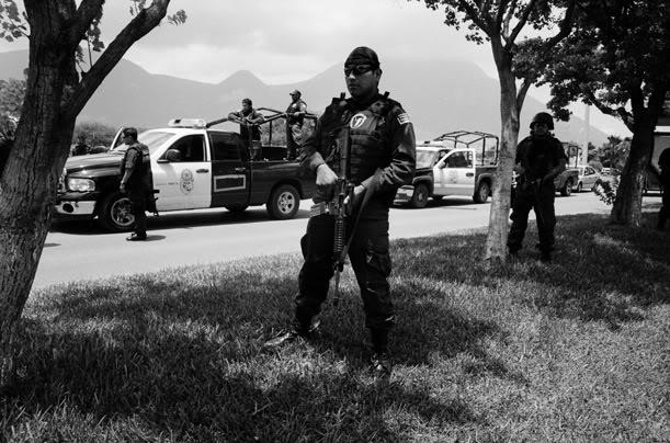 Galeria  Policia Federal  Drug_war_02