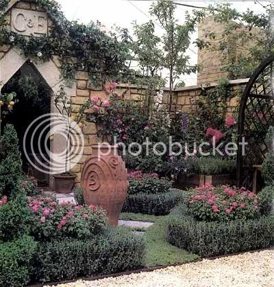 Silverwing Gardens Gardenentryway1