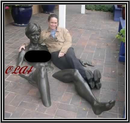 صور تماثيل غريبه الحمد الله علي نعمة الاسلام Statue214