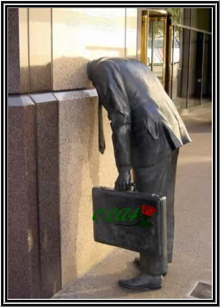 صور تماثيل غريبه الحمد الله علي نعمة الاسلام Statue55