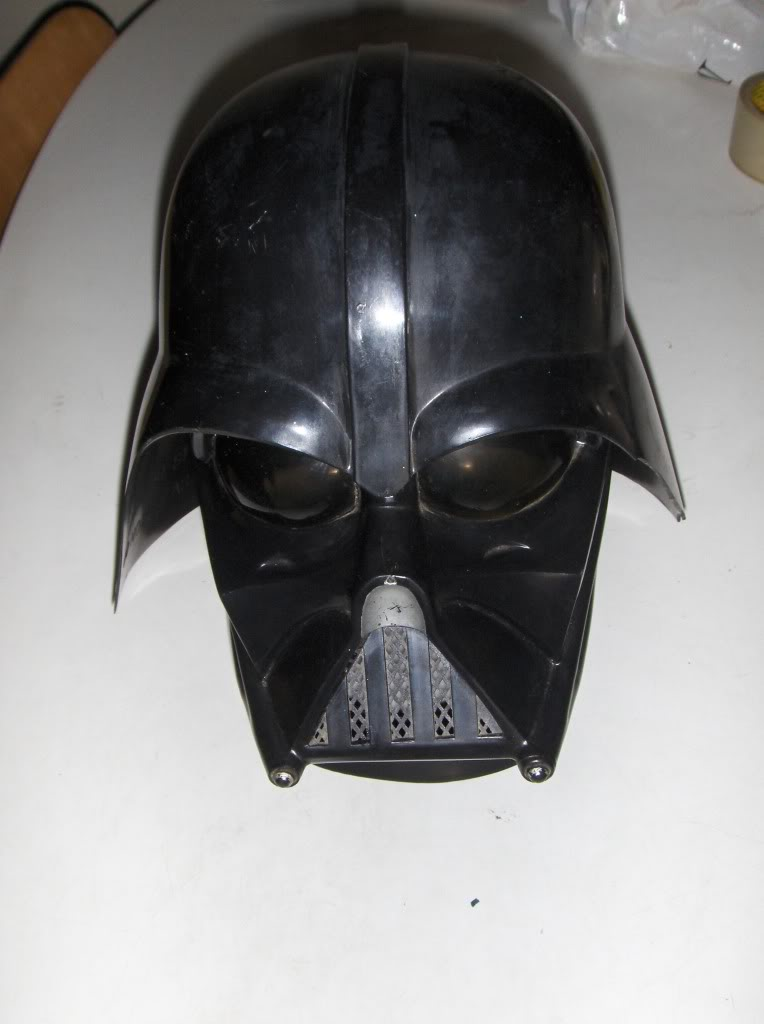 SW props and replica's,are there any other collectors here on the board beside me? Swmasker013