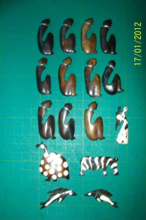 Beads & Motifs 100_1954