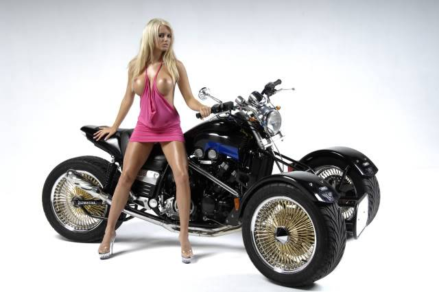 Some of my past project bikes........... Vmaxtrikephotoshoot011