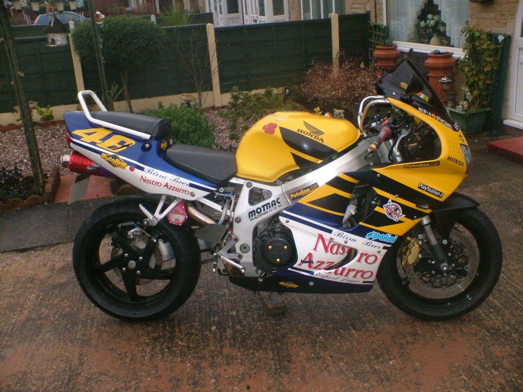 Some of my past project bikes........... Khproject016
