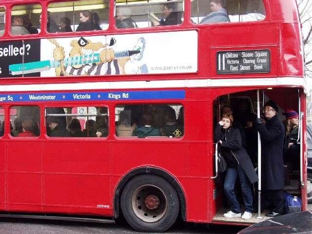 Shuttle Bus MMBC vs London Bus London-bus-3-640x480